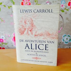 De avonturen van Alice – geïllustreerd door Mervyn Peake